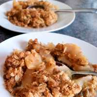 Oma's Best Apple Crisp Recipe