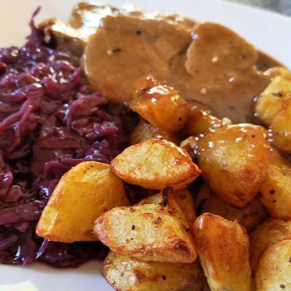 Oma's Stovetop Crispy Roast Potatoes