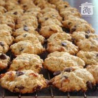 Oma's Simple Oatmeal Cookie Recipe