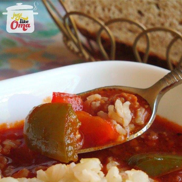Oma's (Un)Stuffed Green Pepper Soup
