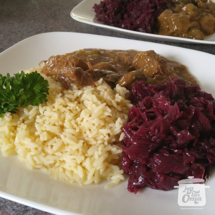 Pressure cooked rice and flatladen with red cabbage ... made just like Oma
