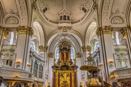 The extravagant St. Michael's Church in Hamburg!