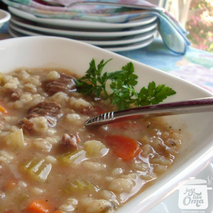 ❤️ Yummy easy beef barley soup, German-style https://www.quick-german-recipes.com/beef-barley-soup-recipe.html #barleysoup #germanrecipe #justlikeoma