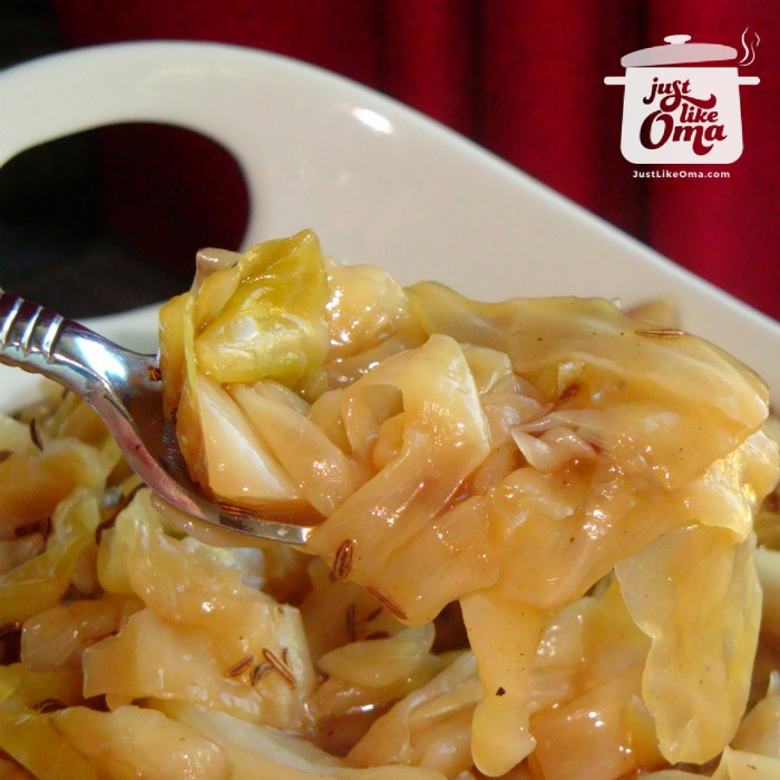 ❤️Bavarian Braised Cabbage is so incredibly delicious! https://www.quick-german-recipes.com/braised-cabbage-recipe.html #braisedcabbage #bavariancabbage