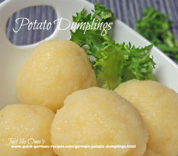 Gekochte Kartoffelklösse - potato dumplings with cooked potatoes
