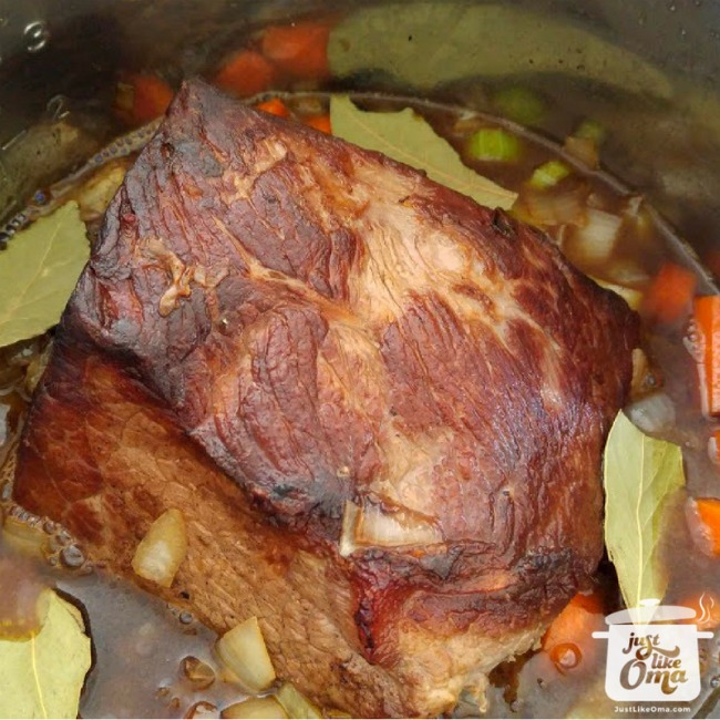 Sauerbraten, made in an Instant Pot pressure cooker. #instantpotrecipe #sauerbraten #germanrecipes #justlikeoma  https://www.quick-german-recipes.com/german-sauerbraten.html now!