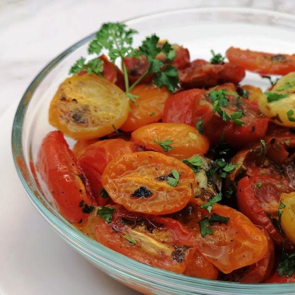 How to Roast Cherry Tomatoes ~ Oma's Geröstete Kirschtomaten