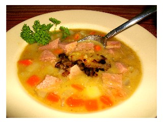 Slow Cooker Split Pea Soup with Ham and fried Onions