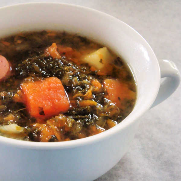 Oma's Kale and Sausage Soup ~ Grünkohl und Wurstsuppe