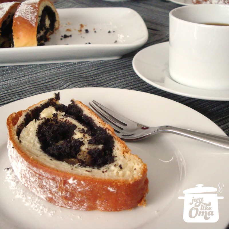 Oma's poppy seed roll is so easy to make and ENJOY! ❤️  #poppyseed #germanrecipes #germancake #justlikeoma  https://www.quick-german-recipes.com/poppy-seed-roll.html