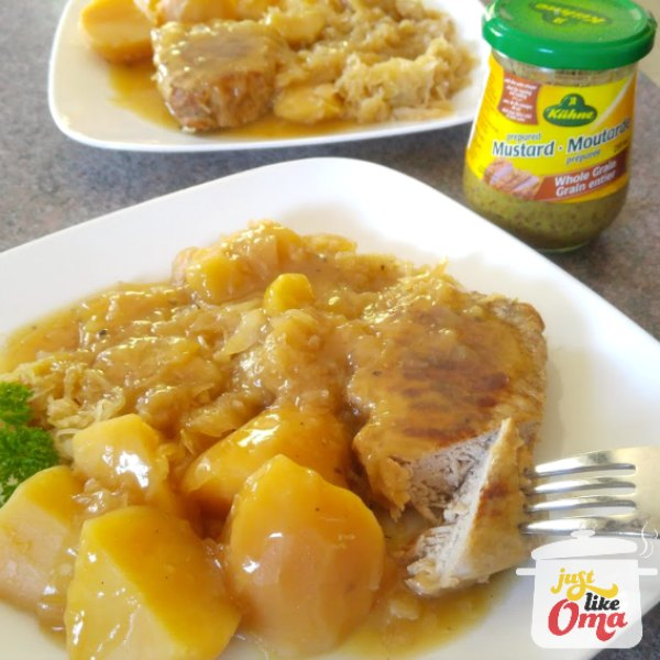 ❤️ Pork Chops, Sauerkraut and Potatoes in  a SlowCooker. Easy dinner, tastes just like Oma's!  https://www.quick-german-recipes.com/pork-and-sauerkraut-recipes.html #germanrecipe #justlikeoma