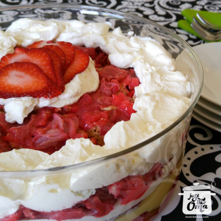 Rhubarb Dump Cake Trifle ❤️ ... perfect springtime treat using a Rhubarb Dump Cake! #dumpcake #germanrecipes #justlikeoma https://www.quick-german-recipes.com/rhubarb-dump-cake.html