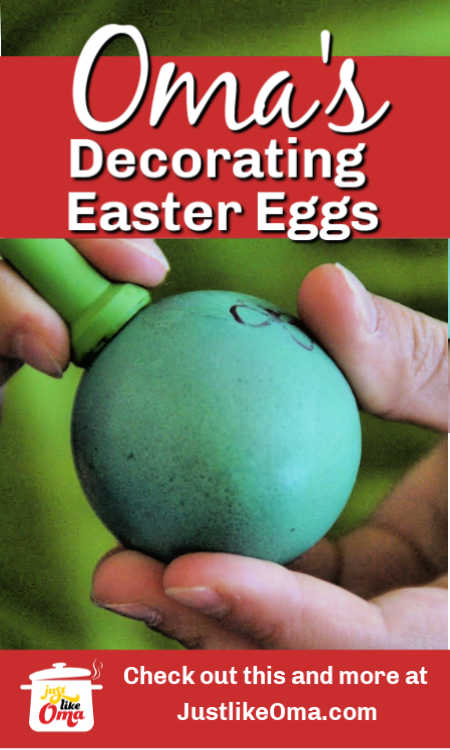 ❤️ Have the kids use a stamping kit to decorate their naturally dyed Easter Eggs