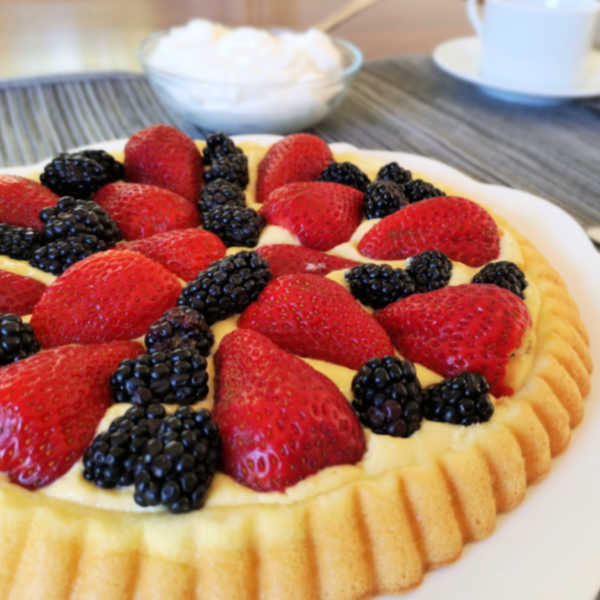 Strawberry and Blackberry Fruit Flan ... absolutely Wunderbar! Try making this beautiful recipe just like Oma!