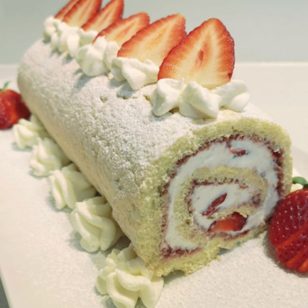 Delicious strawberry cream roll!  Don't be afraid to get crafty with these when you make them, you can fill them with any fruit you desire!