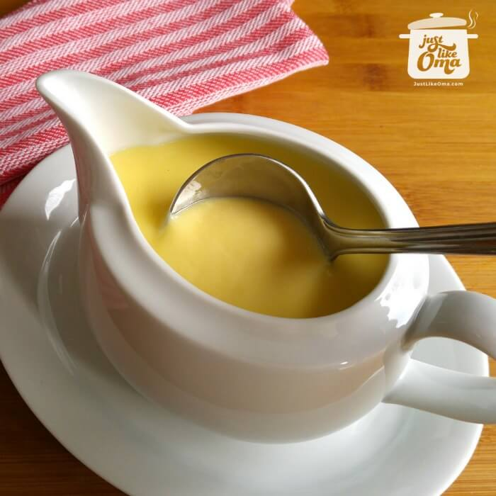 ❤️ German vanilla sauce is a perfect accompaniment to so many desserts. https://www.quick-german-recipes.com/vanilla-sauce-recipe.html #germanrecipe #justlikeoma #vanillasauce