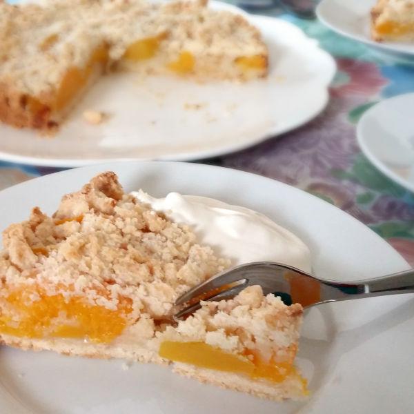 Make this fruit tart recipe using fresh or canned fruit