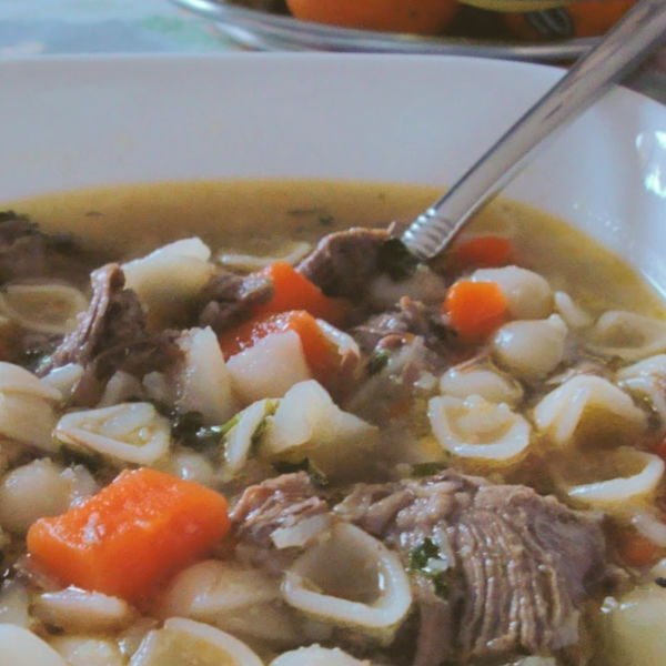 Oma's Beef Noodle Soup ~ Rindfleisch Nudelsuppe