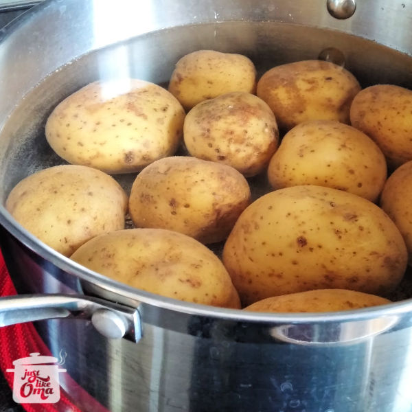 ❤️YUMMY! Making German Potato Dumplings, aka Kartoffelklöße or Kartoffelknödel!