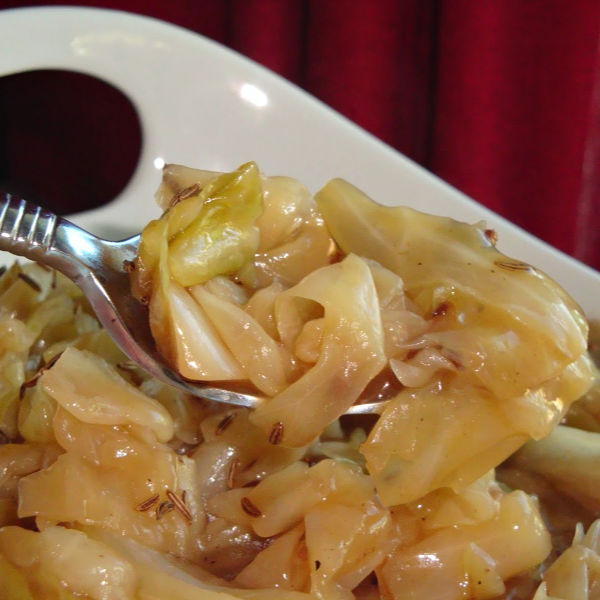 Bavarian Braised Cabbage is so incredibly delicious!