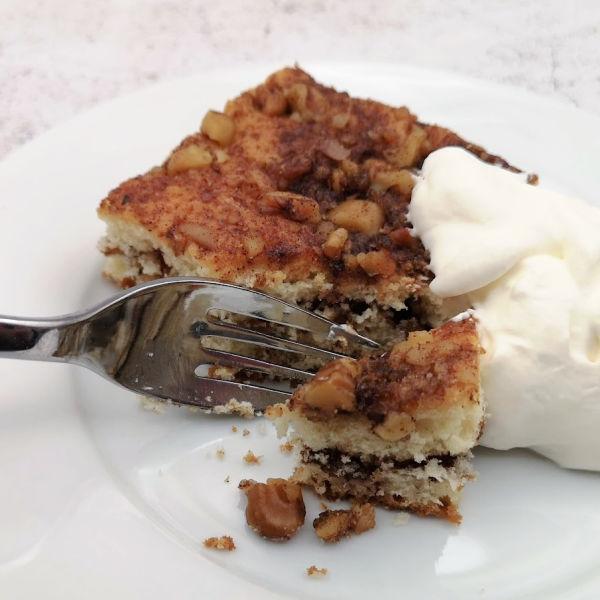 German Coffee Cake Recipe ~ Oma's Kaffeekuchen