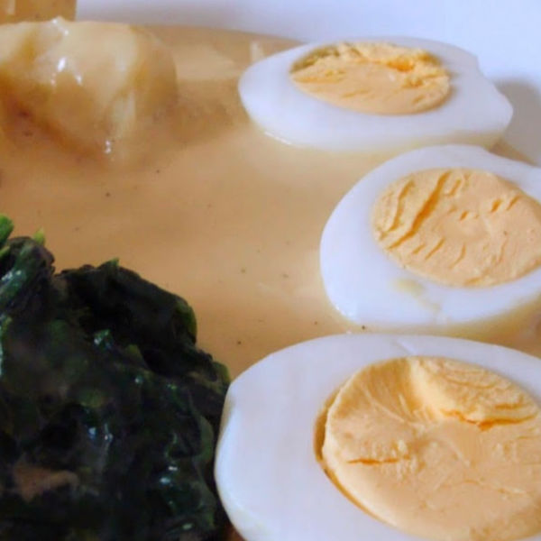 Eggs with mustard sauce - very quick and easy Bavarian meal