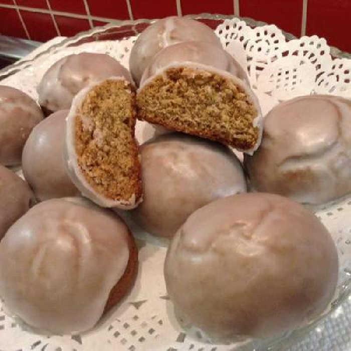 Pfeffernusse - Iced Gingerbread