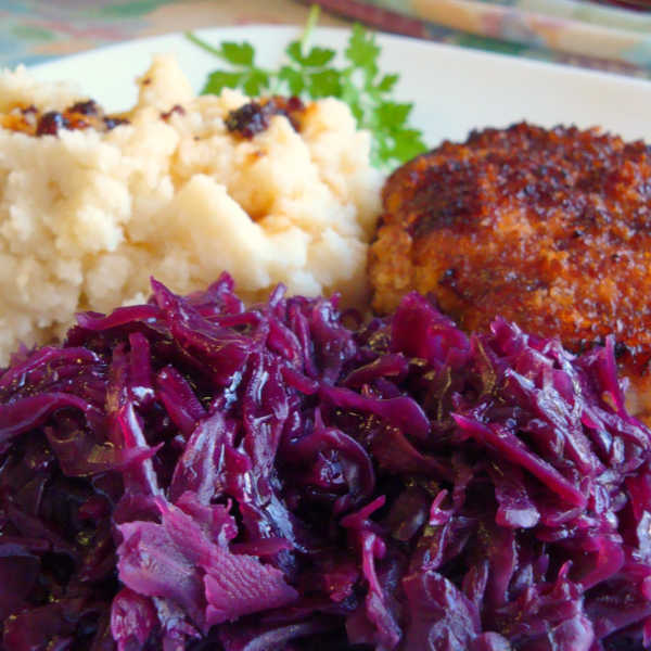 Quick Red Cabbage Recipe made Just like Oma