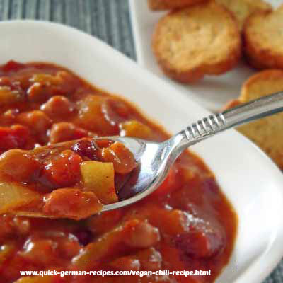 Chili, slow cooker ... non-German fav!
